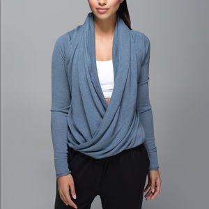 LULULEMON iconic wrap surprise sweater grey size 2